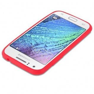 Cadorabo Hülle für Samsung Galaxy J1 2015 in CANDY ROT - Handyhülle aus flexiblem TPU Silikon - Silikonhülle Schutzhülle Ultra Slim Soft Back Cover Case Bumper - Vorschau 3