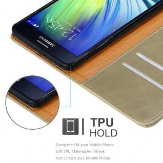 Cadorabo Hülle für Samsung Galaxy A7 2015 in CAPPUCCINO BRAUN - Handyhülle mit Magnetverschluss, Standfunktion und Kartenfach - Case Cover Schutzhülle Etui Tasche Book Klapp Style - Vorschau 3