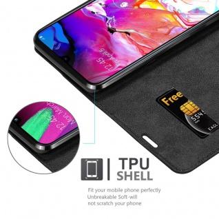 Cadorabo Hülle für Samsung Galaxy A70 in NACHT SCHWARZ - Handyhülle mit Magnetverschluss, Standfunktion und Kartenfach - Case Cover Schutzhülle Etui Tasche Book Klapp Style - Vorschau 2