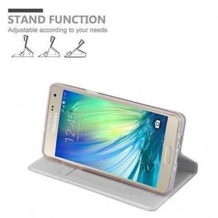Cadorabo Hülle für Samsung Galaxy A3 2015 in CLASSY SILBER - Handyhülle mit Magnetverschluss, Standfunktion und Kartenfach - Case Cover Schutzhülle Etui Tasche Book Klapp Style - Vorschau 4