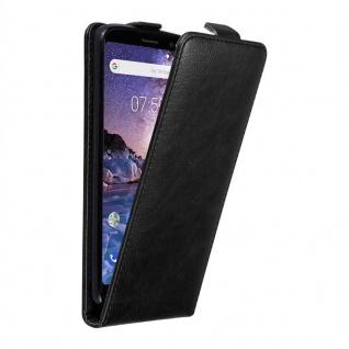 Cadorabo Hülle für Nokia 7 PLUS in NACHT SCHWARZ Handyhülle im Flip Design mit unsichtbarem Magnetverschluss Case Cover Schutzhülle Etui Tasche Book Klapp Style