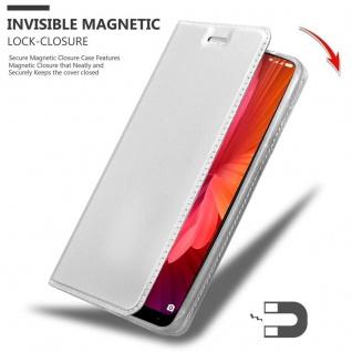 Cadorabo Hülle für Xiaomi Mi MIX 2 in CLASSY SILBER - Handyhülle mit Magnetverschluss, Standfunktion und Kartenfach - Case Cover Schutzhülle Etui Tasche Book Klapp Style - Vorschau 3