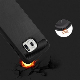 Cadorabo Hülle für Samsung Galaxy S6 - Hülle in BRUSHED SCHWARZ ? Handyhülle aus TPU Silikon in Edelstahl-Karbonfaser Optik - Silikonhülle Schutzhülle Ultra Slim Soft Back Cover Case Bumper - Vorschau 5