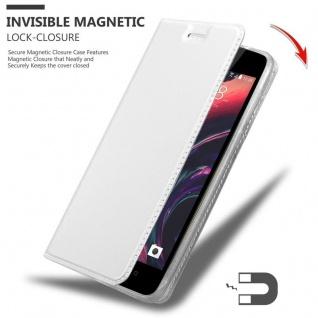 Cadorabo Hülle für HTC Desire 10 Lifestyle / Desire 825 in CLASSY SILBER - Handyhülle mit Magnetverschluss, Standfunktion und Kartenfach - Case Cover Schutzhülle Etui Tasche Book Klapp Style - Vorschau 3