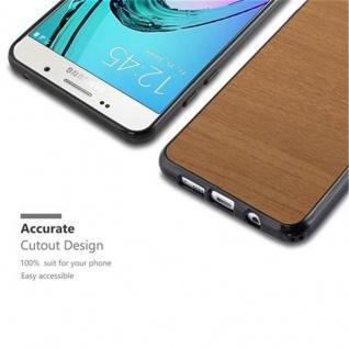 Cadorabo Hülle für Samsung Galaxy A3 2016 in WOODEN BRAUN - Handyhülle aus flexiblem TPU Silikon - Silikonhülle Schutzhülle Ultra Slim Soft Back Cover Case Bumper - Vorschau 2