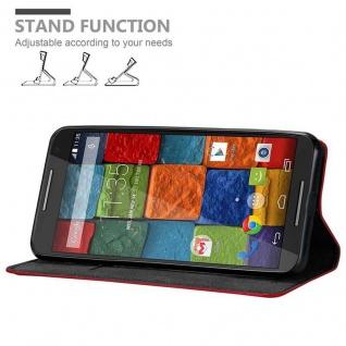 Cadorabo Hülle für Motorola MOTO X2 in APFEL ROT Handyhülle mit Magnetverschluss, Standfunktion und Kartenfach Case Cover Schutzhülle Etui Tasche Book Klapp Style - Vorschau 2