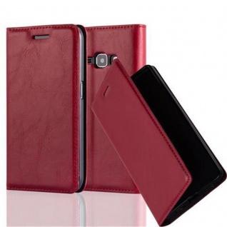 Cadorabo Hülle für Samsung Galaxy J1 2016 in APFEL ROT - Handyhülle mit Magnetverschluss, Standfunktion und Kartenfach - Case Cover Schutzhülle Etui Tasche Book Klapp Style