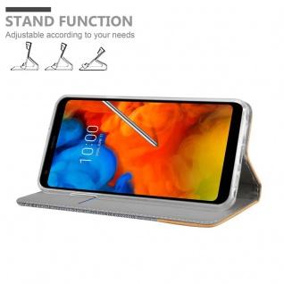 Cadorabo Hülle für LG Q Stylus in HELL GRAU BRAUN - Handyhülle mit Magnetverschluss, Standfunktion und Kartenfach - Case Cover Schutzhülle Etui Tasche Book Klapp Style