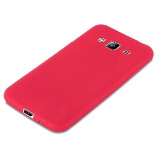 Cadorabo Hülle für Samsung Galaxy J3 / J3 DUOS 2016 in CANDY ROT - Handyhülle aus flexiblem TPU Silikon - Silikonhülle Schutzhülle Ultra Slim Soft Back Cover Case Bumper - Vorschau 3