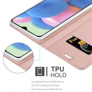 Cadorabo Hülle für Samsung Galaxy A30S in CLASSY ROSÉ GOLD - Handyhülle mit Magnetverschluss, Standfunktion und Kartenfach - Case Cover Schutzhülle Etui Tasche Book Klapp Style - Vorschau 4