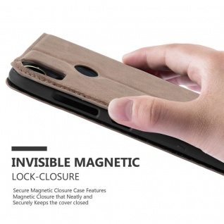 Cadorabo Hülle für HTC Desire 10 PRO in KAFFEE BRAUN - Handyhülle mit Magnetverschluss, Standfunktion und Kartenfach - Case Cover Schutzhülle Etui Tasche Book Klapp Style - Vorschau 5