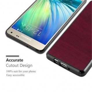 Cadorabo Hülle für Samsung Galaxy A5 2015 in WOODEN ROT - Handyhülle aus flexiblem TPU Silikon - Silikonhülle Schutzhülle Ultra Slim Soft Back Cover Case Bumper - Vorschau 5