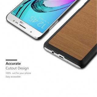 Cadorabo Hülle für Samsung Galaxy J7 2016 in WOODY BRAUN ? Hardcase Handyhülle aus Plastik gegen Kratzer und Stöße ? Schutzhülle Bumper Ultra Slim Back Case Hard Cover - Vorschau 2