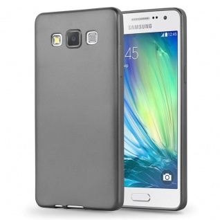 Cadorabo Hülle für Samsung Galaxy A3 2015 in METALLIC SILBER - Handyhülle aus flexiblem TPU Silikon - Silikonhülle Schutzhülle Ultra Slim Soft Back Cover Case Bumper