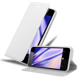 Cadorabo Hülle für Nokia Lumia 550 in CLASSY SILBER Handyhülle mit Magnetverschluss, Standfunktion und Kartenfach Case Cover Schutzhülle Etui Tasche Book Klapp Style