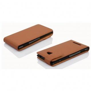 Cadorabo Hülle für Nokia Lumia 1020 - Hülle in COGNAC BRAUN ? Handyhülle aus strukturiertem Kunstleder im Flip Design - Case Cover Schutzhülle Etui Tasche