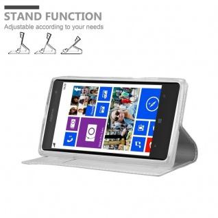 Cadorabo Hülle für Nokia Lumia 1020 in CLASSY SILBER - Handyhülle mit Magnetverschluss, Standfunktion und Kartenfach - Case Cover Schutzhülle Etui Tasche Book Klapp Style - Vorschau 4