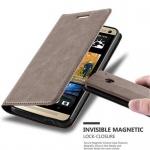 Cadorabo Hülle für HTC ONE M7 (1.Gen.) - Hülle in KAFFEE BRAUN ? Handyhülle mit Magnetverschluss, Standfunktion und Kartenfach - Case Cover Schutzhülle Etui Tasche Book Klapp Style