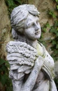 WOHNAMBIENTE Figuren Art.-Nr.: 13522 Allegorische Darstellung des Herbstes, Maße: Sockel 21 x 19 cm, Höhe 81 cm, Gewicht ca. 18 kg. - Vorschau 3