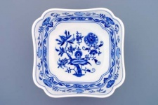 WOHNAMBIENTE Porzellan, Geschirr Art.-Nr.: CB 061, Schüssel, Salat IV, 4-eckig Maße: Kantenlänge 21 cm, h= 9 cm.