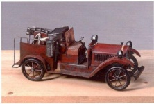 WOHNAMBIENTE Modellauto Art.-Nr.: 20013 Maße: 36, 5 x 14 x 14 (BxHxT)
