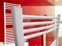 Badheizkörper SMYRNA Plus 400 x 1500 mm. Gebogen Standardanschluss