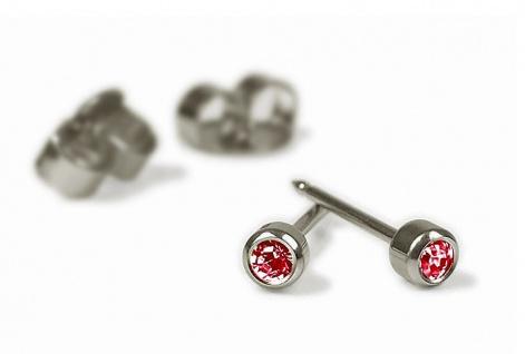 Minott Erstohrstecker Ohrschmuck Ohrringe Rund Ø 2, 8mm Titan 100% Steril mit rotem Stein 29059