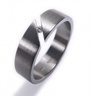 Minott Schmuck Verlobungsring Damenring - Ring aus Edelstahl mit Brilliant (Diamant) 0, 03 CT 22165