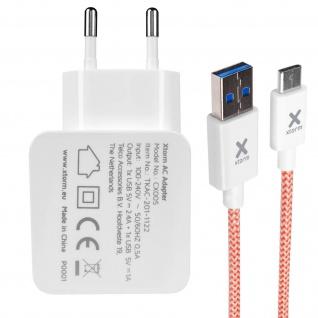 Xtorm weißes Ladegerät mit 2 USB Anschlüssen und ein USB-C Ladekabel