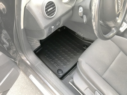 Carbox FLOOR Fußraumschale Gummimatte Fußmatte A3/A3 Sportback vorne links