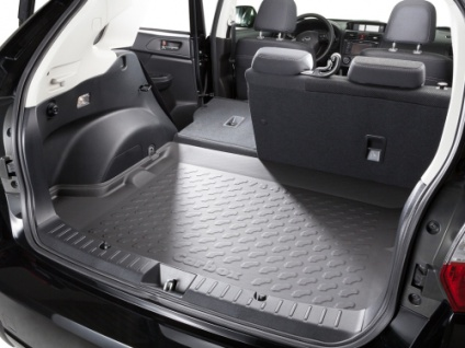 Carbox FORM Kofferraumwanne Ssangyong Rodius große Ladefläche 2-Sitzer 05/05-