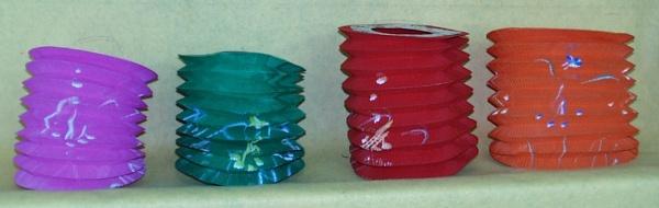 7347 Japan Zuglaternen, bedruckt, in verschiedenen Formen und Farben