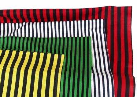 14735 Baumwollstoff, 80cm breit, in weiß, rot, rosa und grün