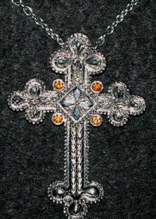 1156 Mittelalterliches Kreuz an Kette, 5x7cm groß...