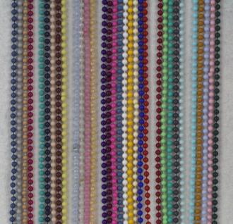 1126 Feine einfarbige Kunststoffkette, 95cm lang, in 30 verschiedenen Farben lieferbar...