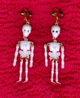 1052 1 Paar Skelett Ohrringe am Clip, 75mm lang...