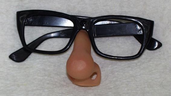 """29570 Gumminase mit """" Kassengestell"""" Brille (Hornbrille ohne Gläser)..."""