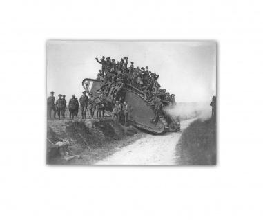 Poster The 5th CMR returns on a tank Amiens 1918 Battailon ab 30x22cm #31111