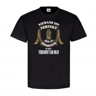 Niemand ist Perfekt Gefreiter Marine Dienstgradabzeichen Truppe T-Shirt #20599