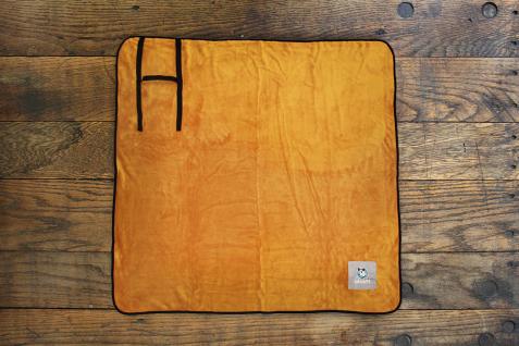 Alcott Komfortdecke in orange 127x127cm