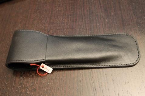 Mäppchen für 2 Schreibgeräte; Etui für 2 Schreibgeräte, schwarzes Leder,