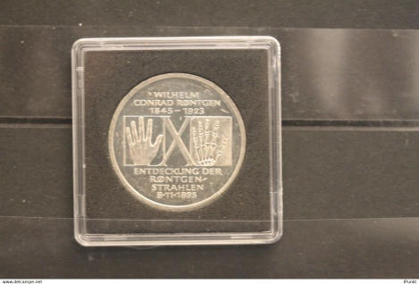 Bundesrepublik Deutschland; 10 Deutsche Mark; 1995; Röntgen, Silber; stg; Jäger-Nr. 461