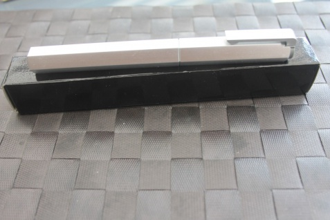 Patronenfüller; Patronen-Füllfederhalter, M-Feder, Aluminium, 6-kant