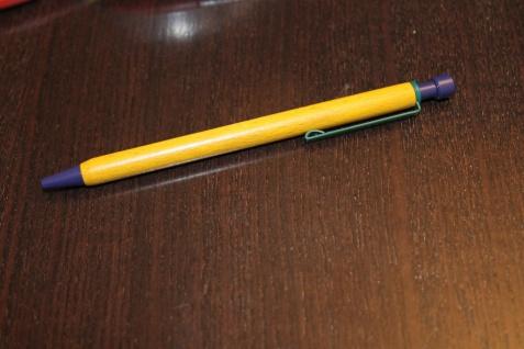 Holz Kugelschreiber; Holzkugelschreiber, Holz-Kugelschreiber, Buchenholz; Clip blau