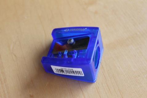Anspitzer; Spitzer für extra dicke Stifte, blau