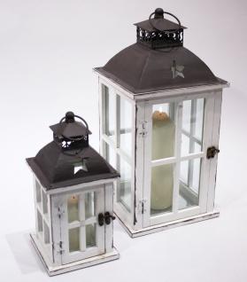Laterne aus Holz weiß mit Sterndesign u. Metalldach 2er Set 46, 5cm u. 30cm