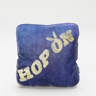 """PLAYBOY - Dekokissen """" ELLEN"""" mit Samtüberzug in Blau und gold/weissen Wendepailletten, Schriftzug """" Hop On"""", inkl Füllung"""