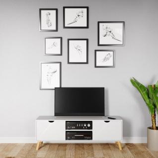 Scandi - TV-Möbel, Lowboard, Fernsehtisch mit 2 Türen mit Soft-Close und 2 offene Fächer, Massivholzfüsse, Scandi-Style
