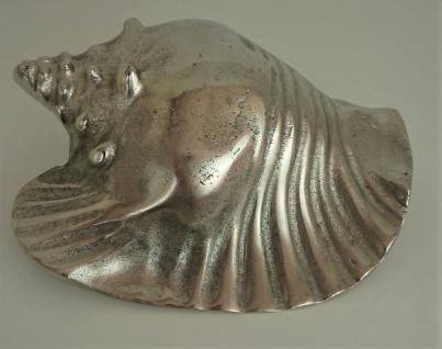 Große Silberne Schnecke aus Aluguß