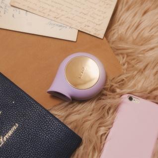 LELO SILA Lilac Massager mit Schallwellen, wasserdichtes Intimspielzeug für Frauen mit sanfter äußerlicher Stimulierung und 8 Vibrationsformen - Vorschau 4